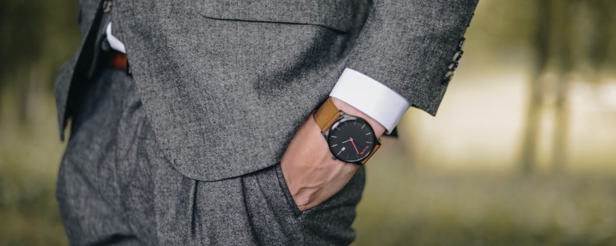 Jak dobrac zegarek do garnituru